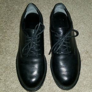 DKNY Real Leather Oxfords